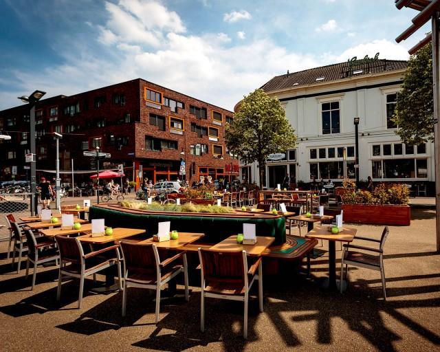 Perron 22 te Enschede ter overname TOPLOCATIE!