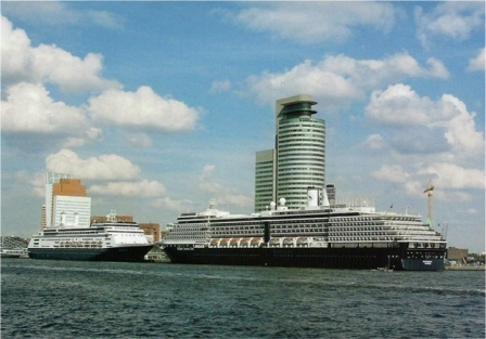 Rotterdam%20&%20Oosterdam%20002[1].jpg