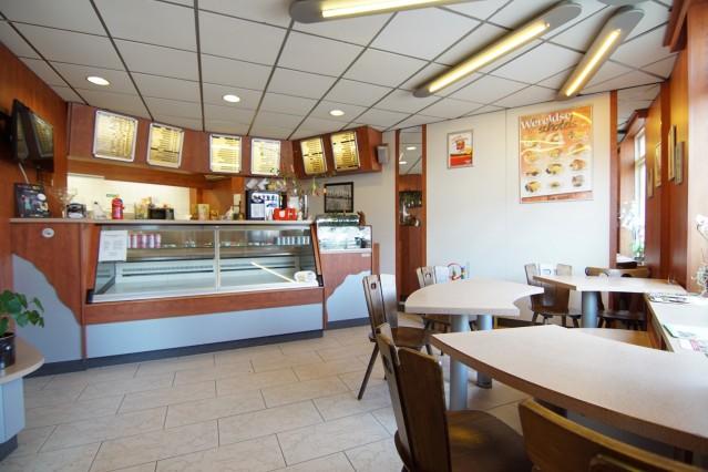 Cafetaria onder de rook van Nijmegen in Ottersum incl. bovenwoning