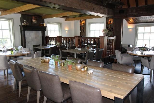 VMH5-2521 Restaurant met brasserie in Warmenhuizen centrum