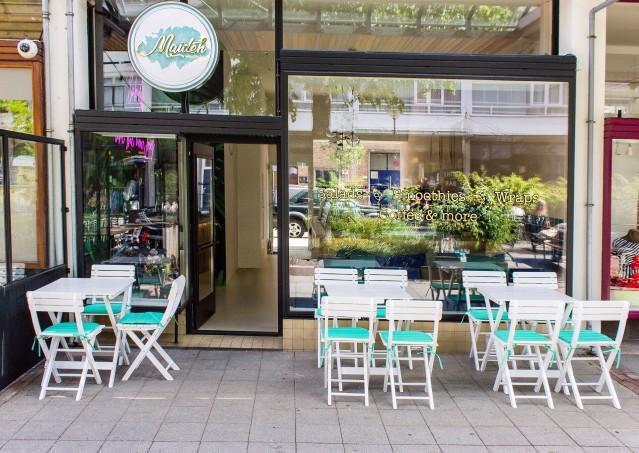 Ter overname aangeboden: Vergunningsvrije locatie: Maideh Healthy Salad Bar Gevestigd aan de Pannekoekstraat 81A, 3011 LD te Rotterdam. Dit bedrijf wordt u aangeboden door Horecamakelaardij Knook & Ve