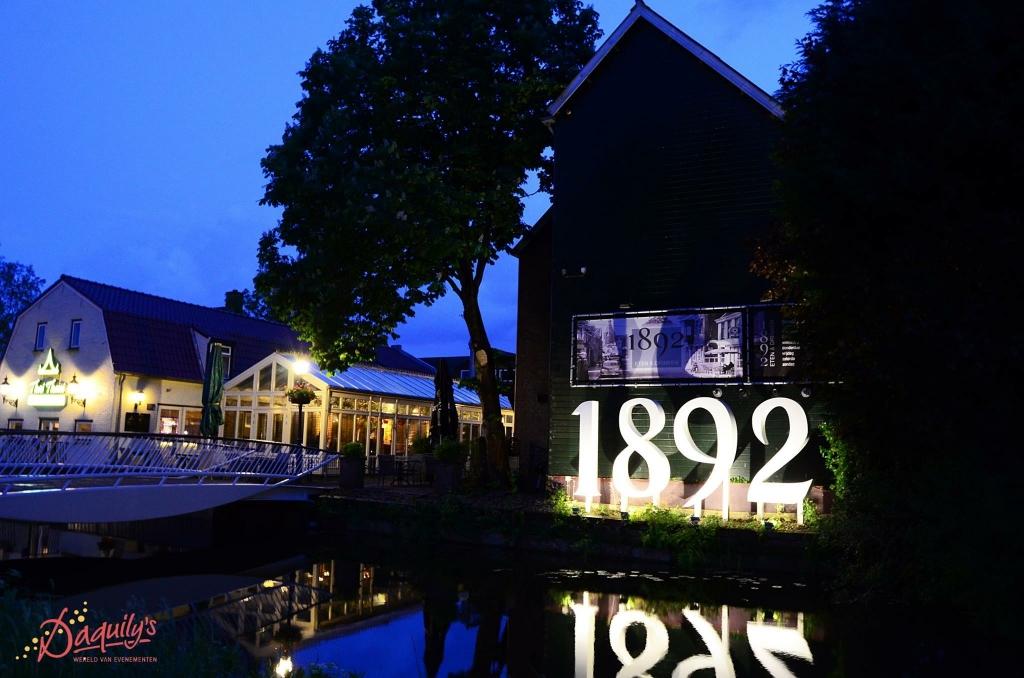 1892 avond.JPG