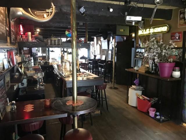 Eetcafe met terras te koop in Den Haag