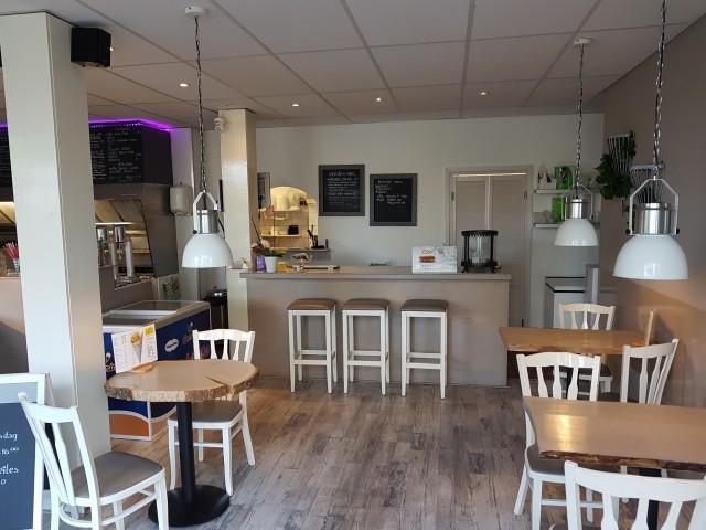 Cafetaria Eten & Zo in Deventer te koop