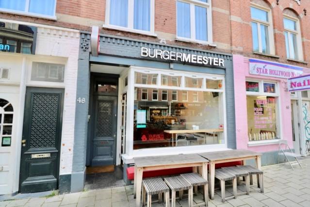 ID1992 Restaurant aan de drukbezochte Albert Cuypmarkt