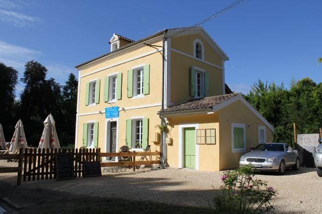 Ter overname suiper leuk restaurant in gernoveerd sluishuisje aan het kanaal van de Garonne, Villeton Frankrijk