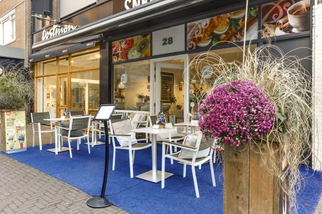 In prijs verlaagd : Broodjeswinkel - Lunchroom  Snel en Verzzz te Hoofddorp
