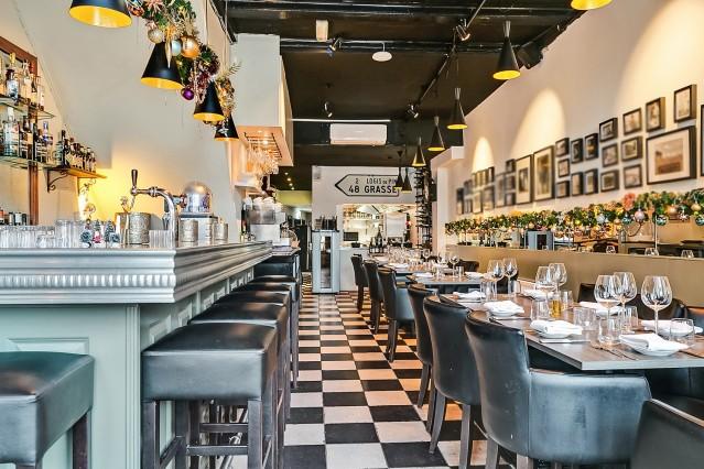 Prachtig restaurant/brasserie in Weesp aan de Vecht, 2 Michelin bestekjes