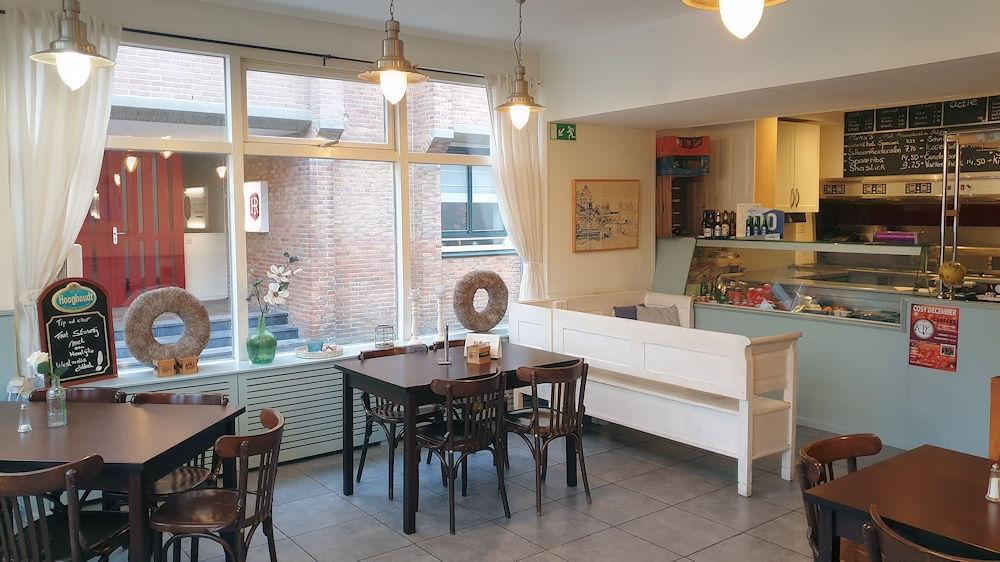 Luxe Cafetaria - 't Hoekske - Sint-Maartensdijk - Horecamakelaardij Knook en Verbaas - 5.jpg