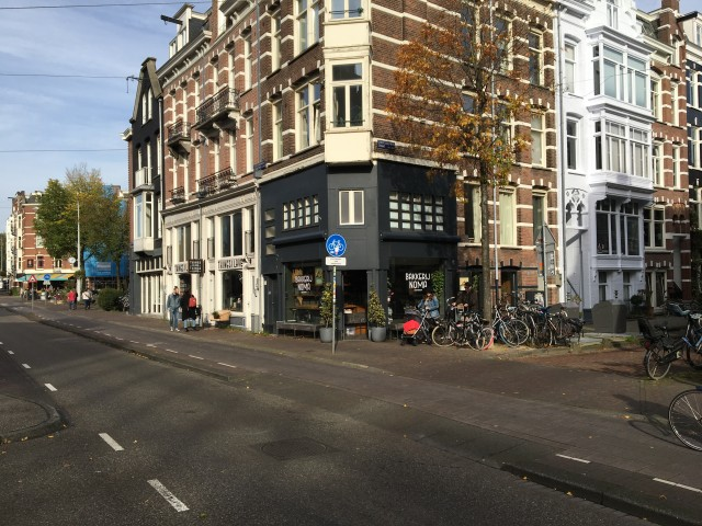 Hoekpand in Amsterdam Oud-West