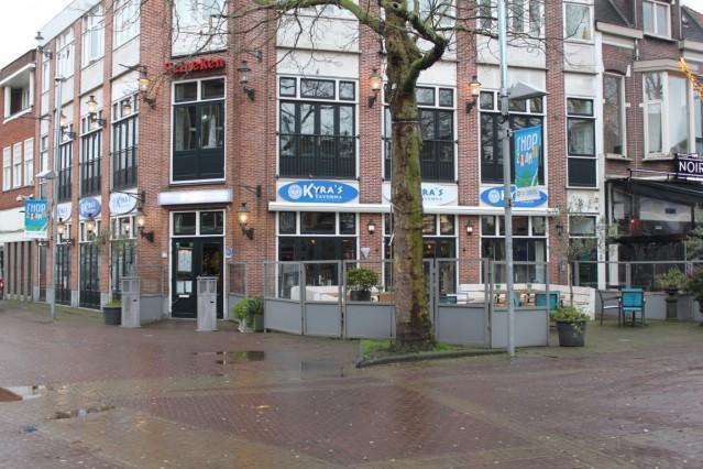 ID2072 Groot restaurant op de mooiste hoek van het plein in het centrum van Zaandam