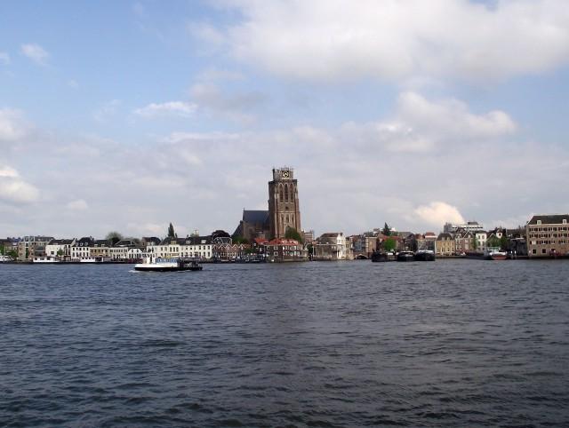 Ter overname goedlopende Bar Restaurant in de omgeving van het gezellige Veerplein in Zwijndrecht