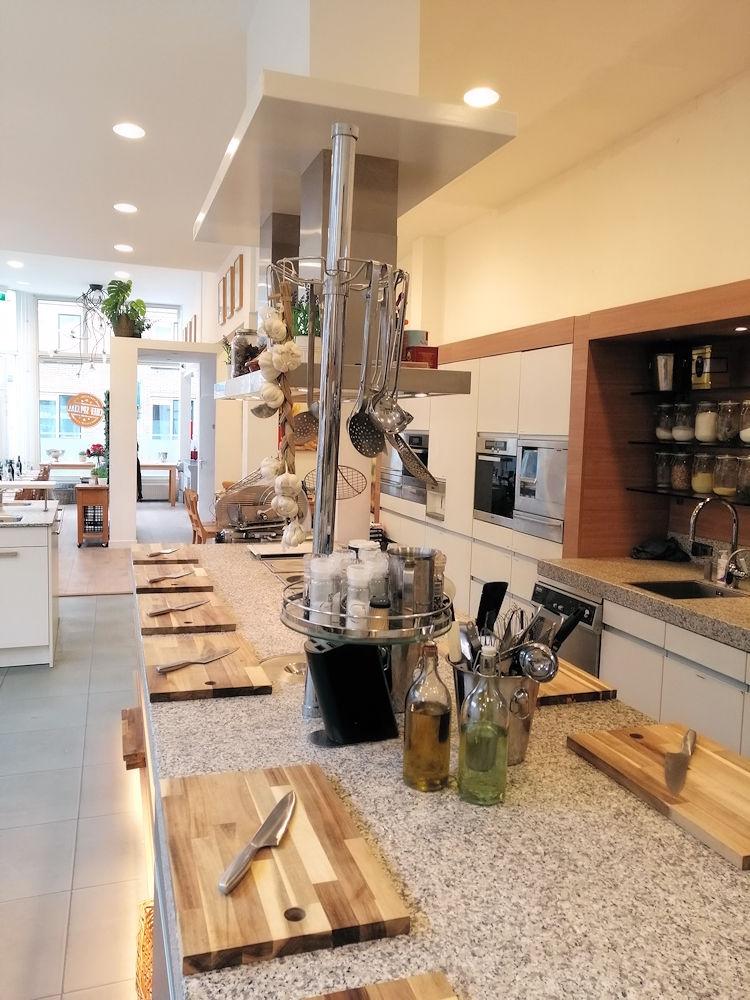 Kookstudio-Chefs-Special-Agniesestraat-111a-Rotterdam-Horecamakelaardij-Knook-en-Verbaas-7.jpg