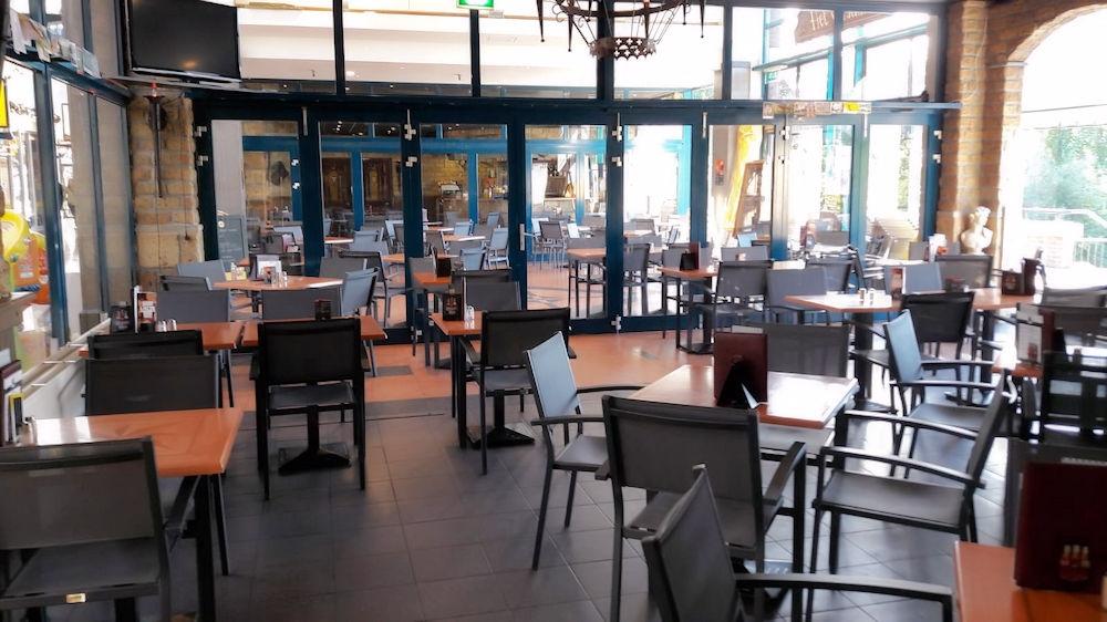 Eetcafé - Het Verschil - Hellevoetsluis - Horecamakelaardij Knook en Verbaas - 4.jpg