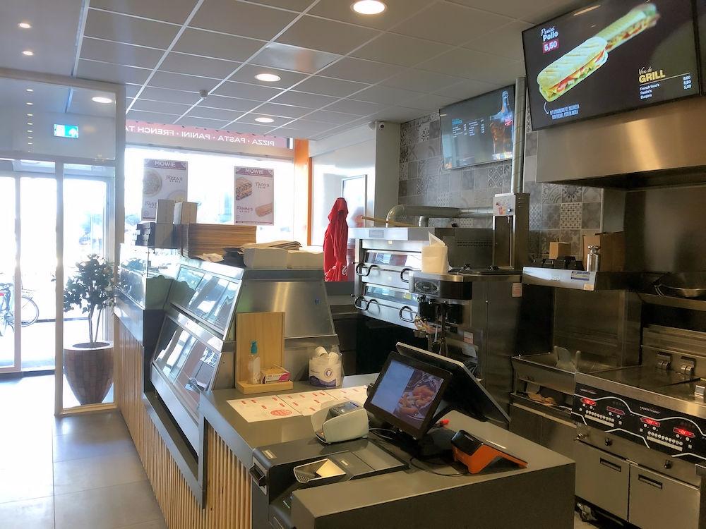 Mowie-Food-Schilderstraat-24a-Rotterdam-Horecamakelaardij-Knook-en-Verbaas-4.jpg