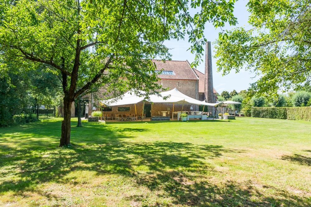 29) terras en tent weide (1).jpg