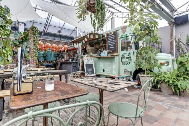 Green Food Truck - Rijnkade 49 Arnhem (voorzijde).jpg