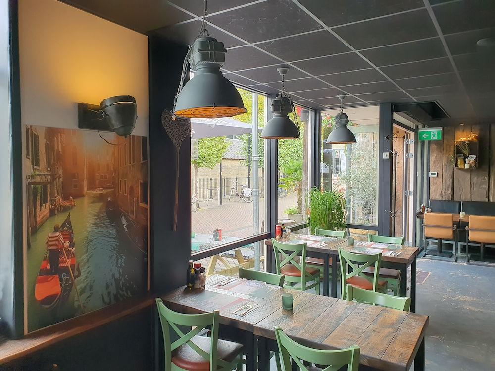 Restaurant - Hasta La Pasta - Roosendaal - Horecamakelaardij Knook en Verbaas - 1.jpg