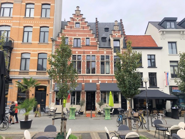 Restaurant - Antwerpen - Horecamakelaardij Knook en Verbaas - uitgelicht.jpg