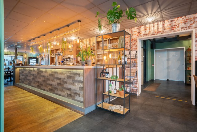 Schitterend  en zeer compleet Grand café Restaurant Gendt €72.500