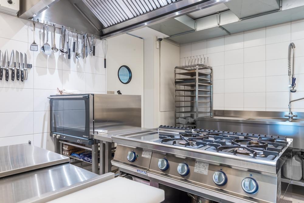04) keuken (2).jpg