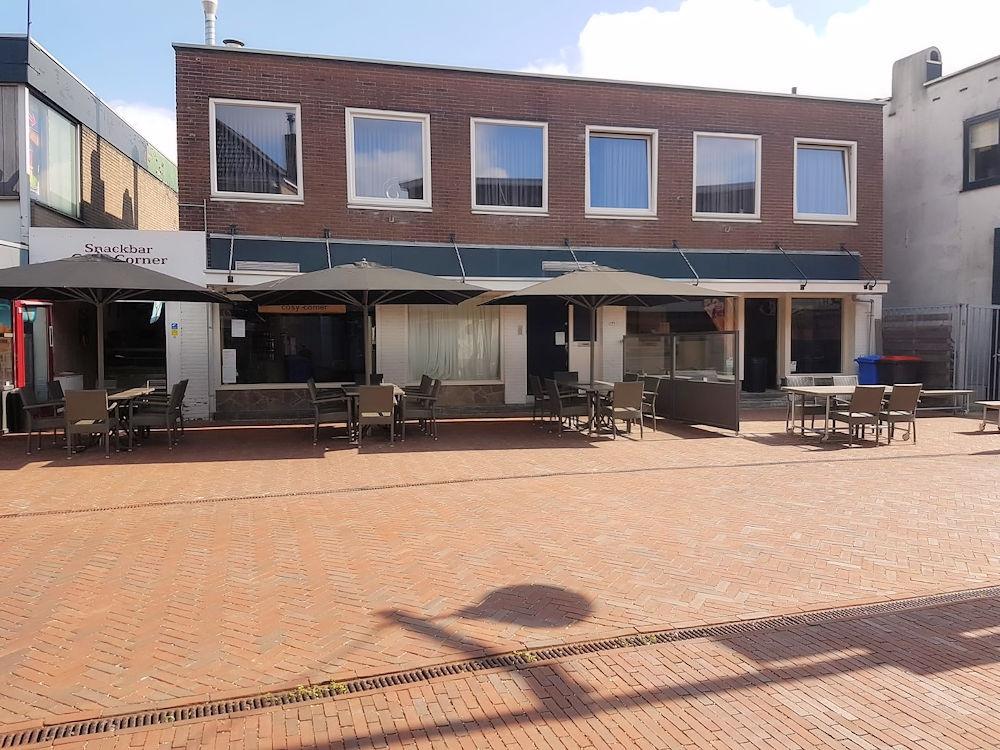 H20200078-Cafetaria-IJssalon-Cosy-Corner-Sliedrecht-Horecamakelaardij-Knook-en-Verbaas-7.jpg