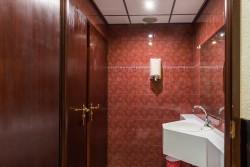 06) toiletten verdieping 1 (4).jpg