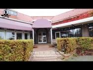 Restaurant de Oude School in Ter Aar te koop