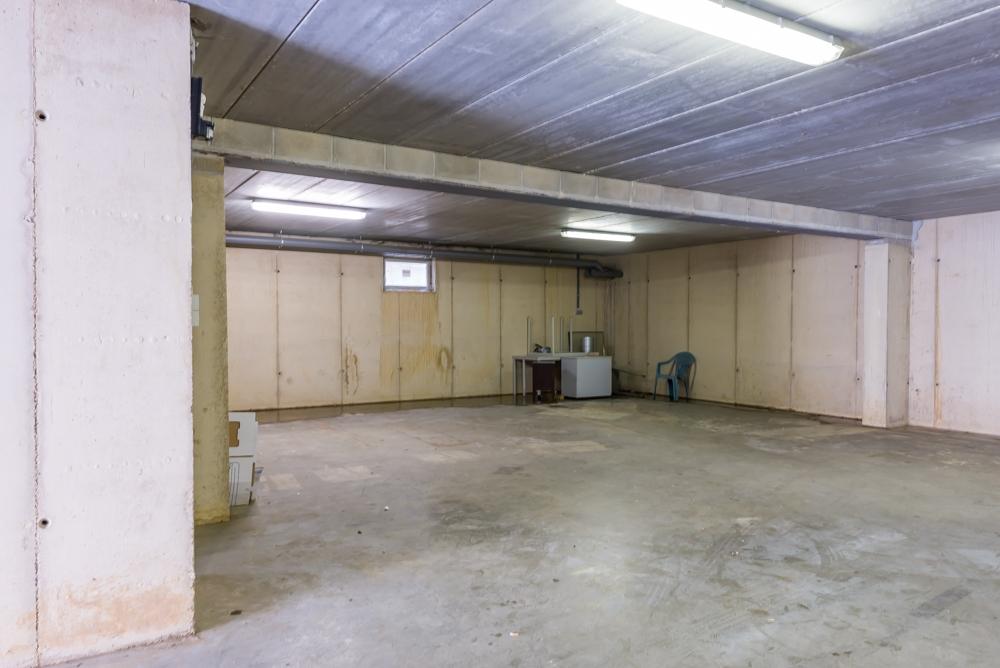 10) garage (3).jpg