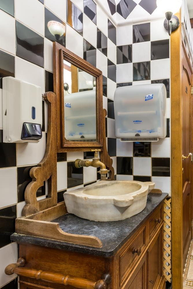 08) toiletruimte (4).jpg