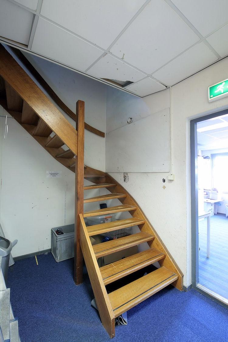 Winkelpand - 300 m2 - Oost-Voorstraat 14 - Oud-Beijerland - Horecamakelaardij Knook en Verbaas - 3.jpg