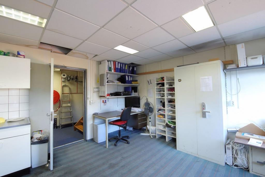 Winkelpand - 300 m2 - Oost-Voorstraat 14 - Oud-Beijerland - Horecamakelaardij Knook en Verbaas - 4.jpg