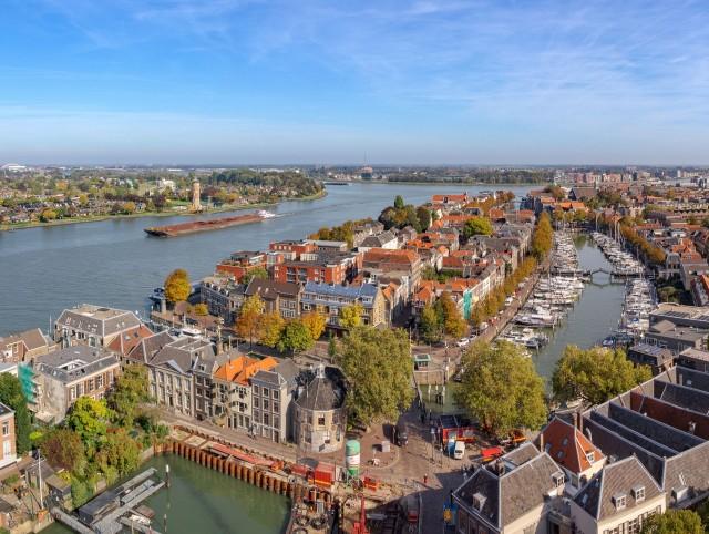 Winkelruimte - Centrum - Dordrecht - Horecamakelaardij Knook en Verbaas.jpg