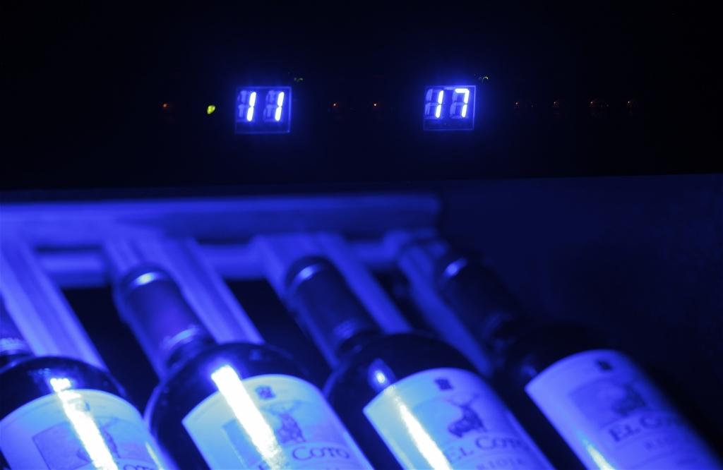 Display wijnklimaatkast 2 zones.JPG
