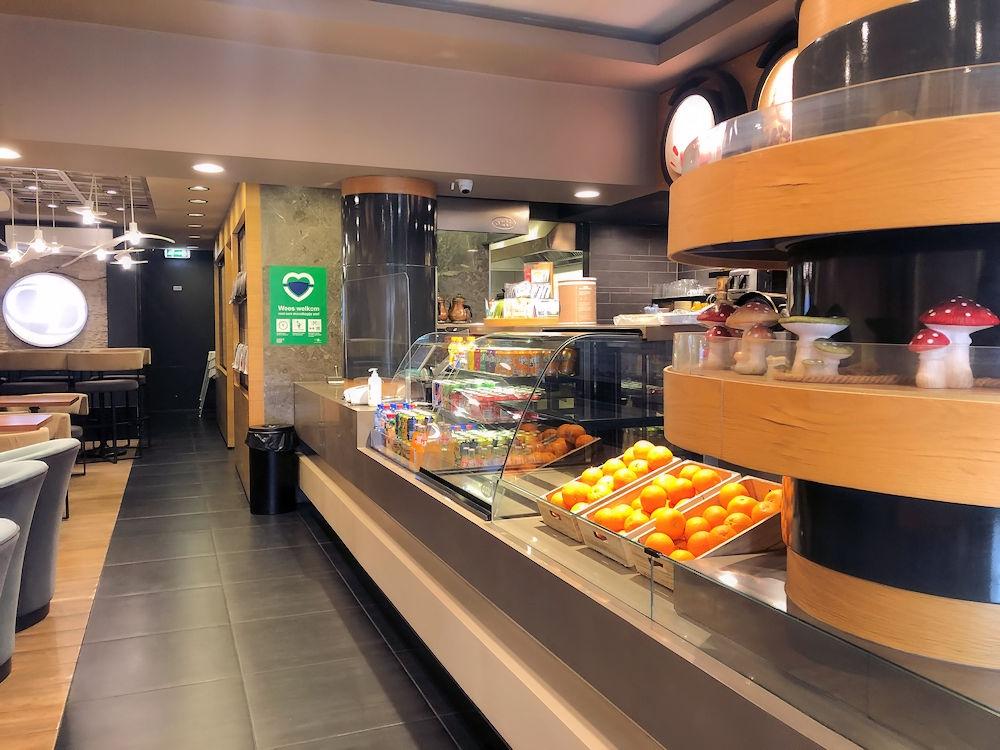 Horecalocatie-Delicious-en-Delight-Meent-15-Rotterdam-Horecamakelaardij-Knook-en-Verbaas-9.jpg