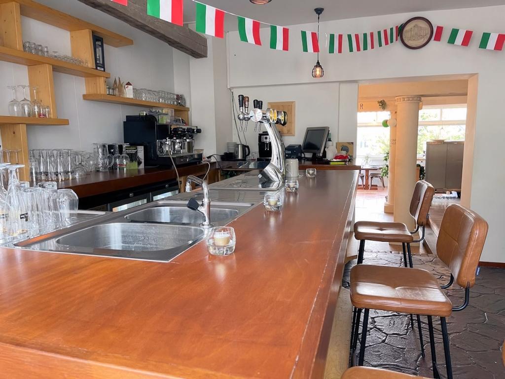 POP UP Restaurant - Boompjesstraat 5a - Strijen - Horecamakelaardij Knook en Verbaas - 4.jpg