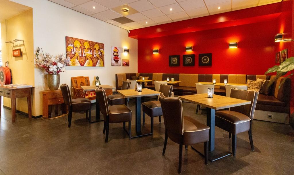 Restaurant achter rechts.jpg