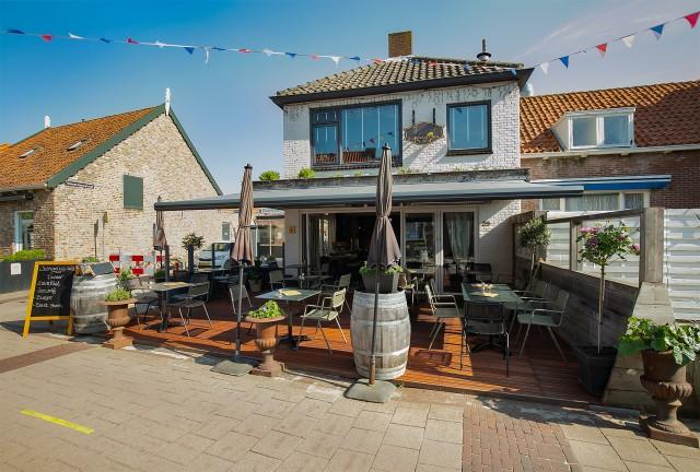Restaurant met terras en bovenwoning [A1 locatie]