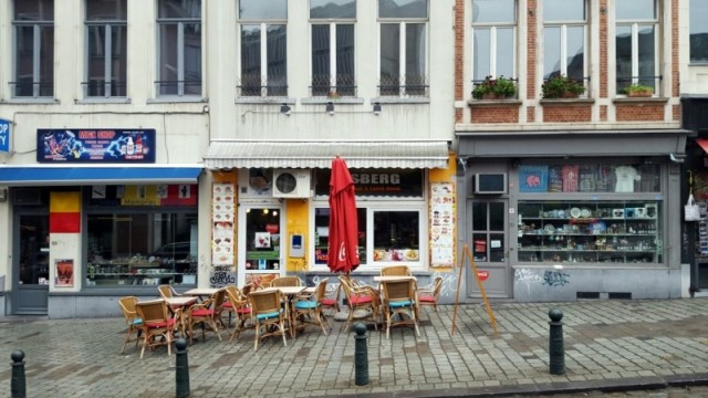 IJssalon / Pizzeria te koop in hartje centrum Brussel