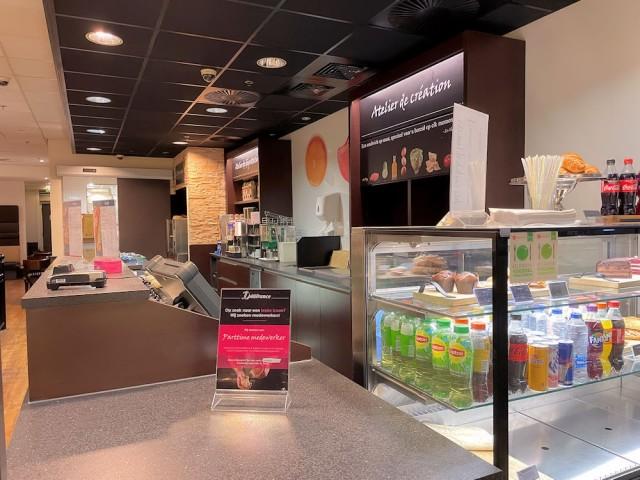 Bekende-Lunchroom-Keten-Alexandrium-Rotterdam-Horecamakelaardij-Knook-en-Verbaas-c.jpg