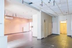 02) grote zaal (1).jpg