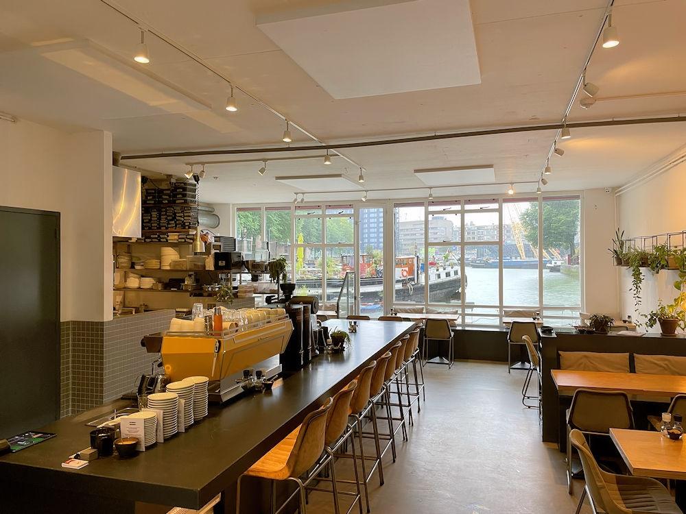 Harvest-Coffee-Brewers-Glashaven-107-Rotterdam-Horecamakelaardij-Knook-en-Verbaas-5.jpg